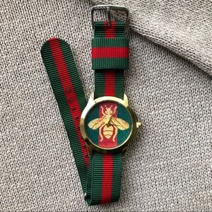 Vintage 1998 Gucci Mervilles Watch